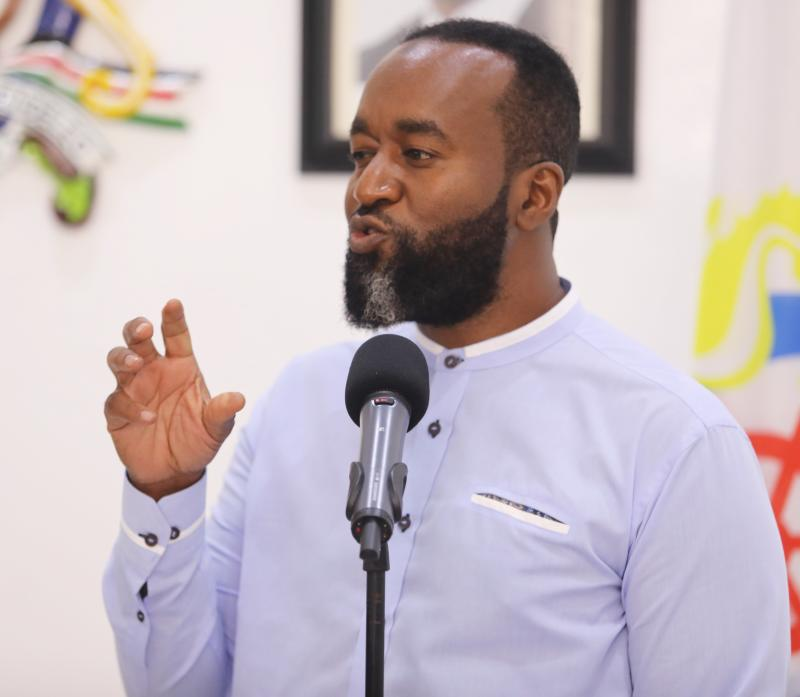 Joho Orders Reopening of Public Beaches